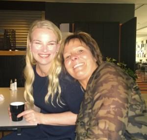 Ann Hugosson och Camillja Johansson från Victoriagänget, som vi kallar oss från Londonkursen